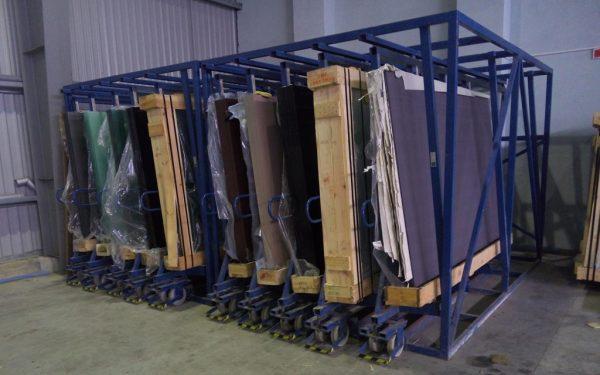 Кассетный выдвижной склад листового стекла DLF