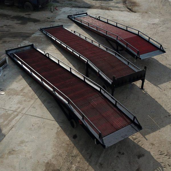 3 мобильные рампы для склада (разных типов)