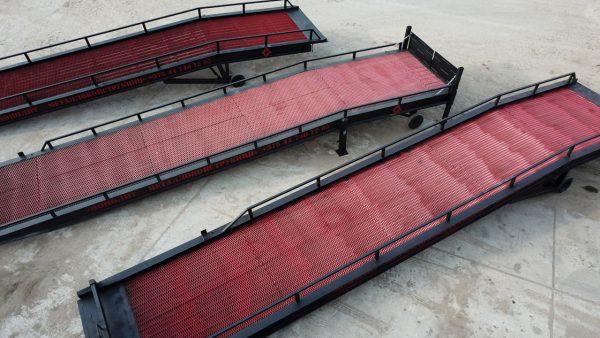 3 мобильные складские рампы (эстакады). произведено в Минске, Монолит Металлоконструкции