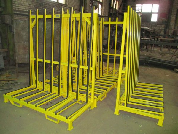 металлическая стойка для хранения и транспортировки стекла, стеклопакетов, зеркал / L-образная пирамида для стекла производства РБ - metalwork.by