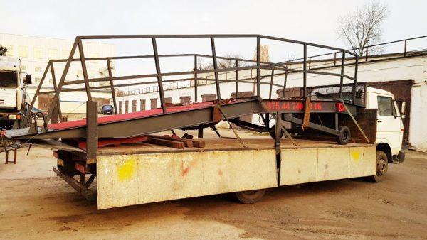 транспортировка мобильной рампы на грузовике MAN