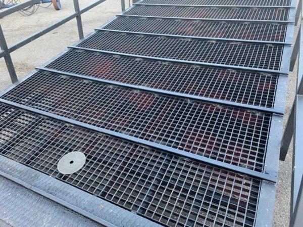 Рампа для животных - металлический решетчатый настил